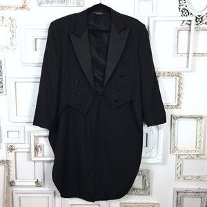 Brooks Brothers Black Swollowtail Tailcoat Tuxedo